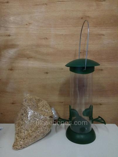 ulnae bones comedero aves semillas
